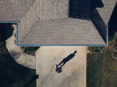 entretien d'une toiture de bardeaux d'asphalte